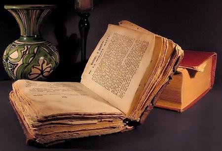 llibre-antic
